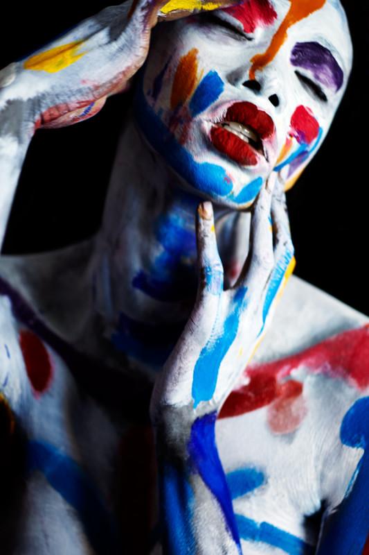 Georgie Closeup  — Theodore Bradley & Antoine Verglas