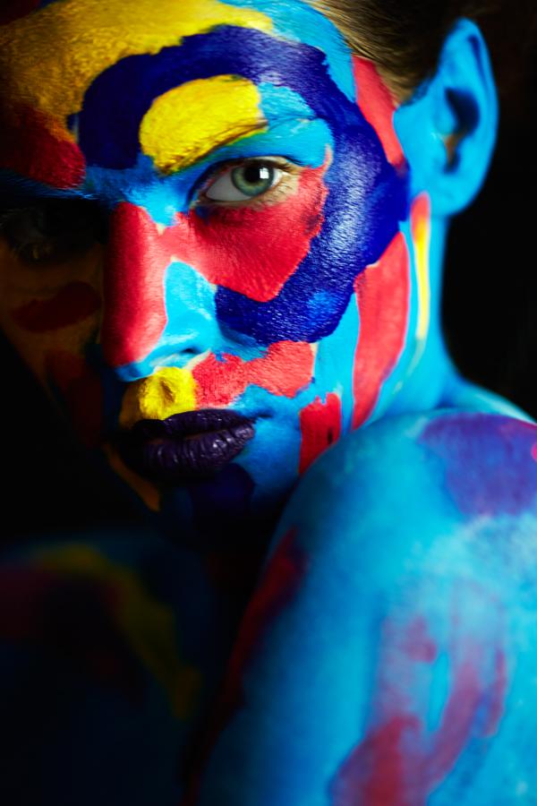 Hana Closeup — Theodore Bradley & Antoine Verglas